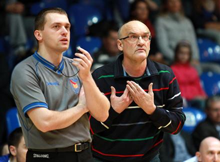 Novy trener